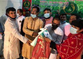 শ্রীমঙ্গলে সাড়ে আট'শ অসহায়দের হাতে ইফতার সামগ্রী তোলে দিল 'হৃদয়ে শ্রীমঙ্গল'